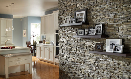 Дизайн квартир камень на стенах